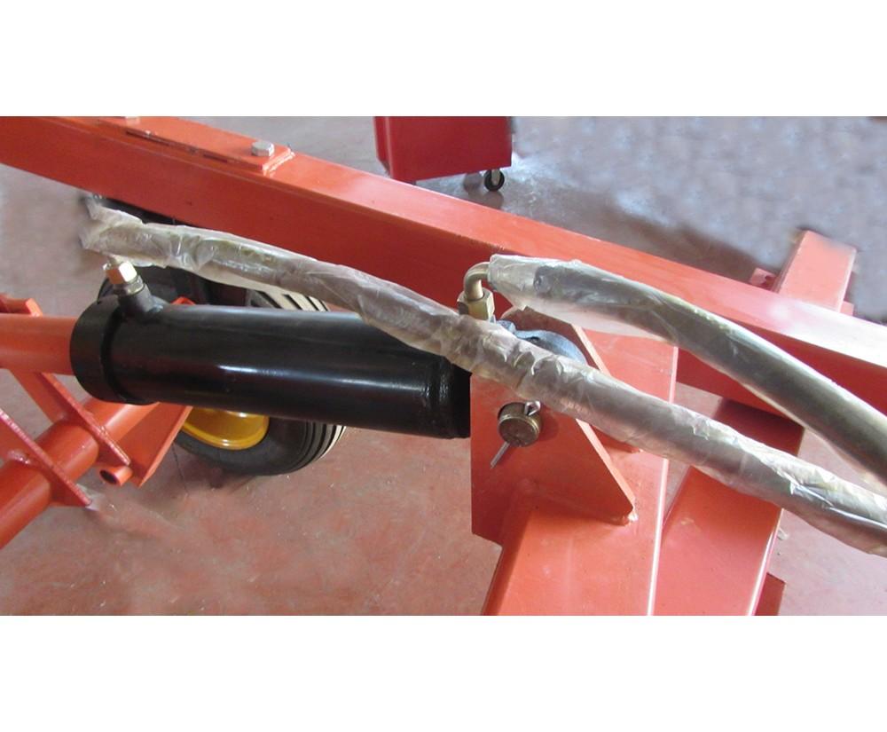 RETROEXCAVADORA MOTOR GASOLINA